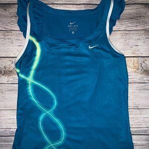 Nike woman's workout/tennis shirt Medium
